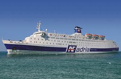 Фериботи от Албания до Италия
